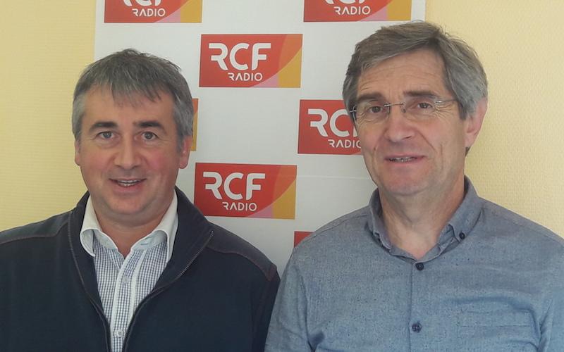 Jacques Larcher, l'animateur de l'association Angoulême modélisme ferroviaire et Frédéric Bajon, le président