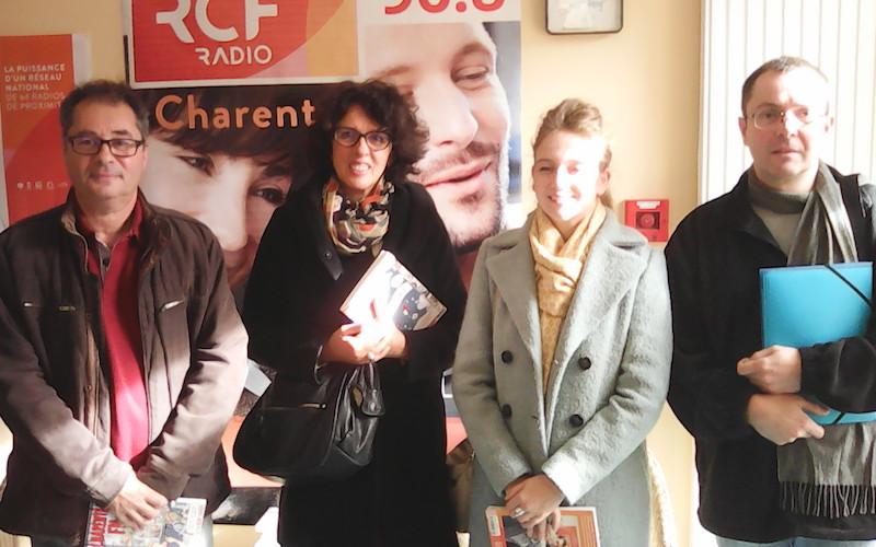 Marion Bernard, la directrice des Archives départementales, Dany Chiron, responsable de l'action culturelle pour l'Ecole départementale de musique et Alain Giboin et Philippe Coudert, deux enseignants de l'école
