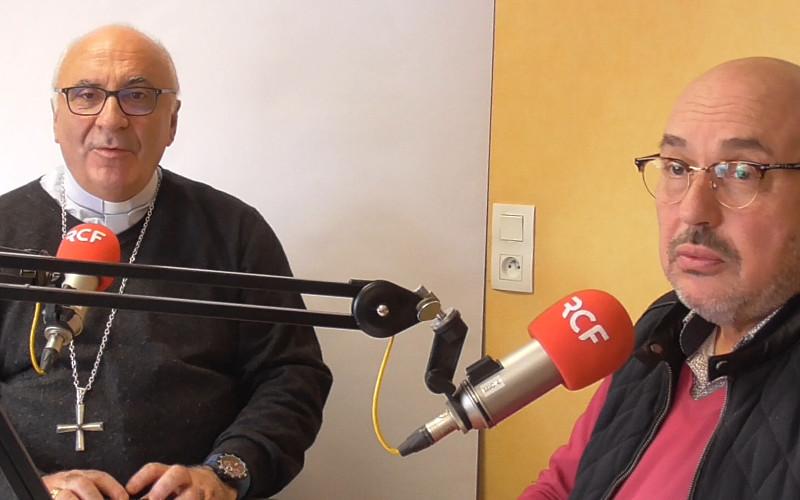 Mgr Hervé Gosselin et Jean Michel Lamazerolles, président du Forum Magdalena