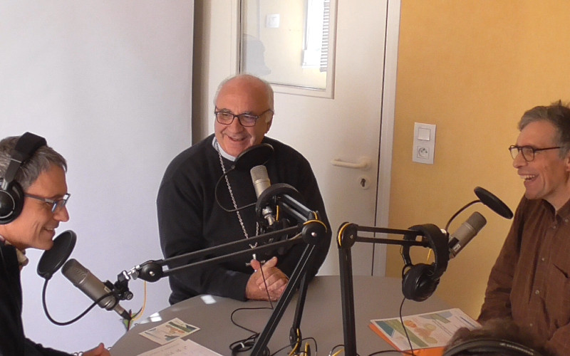 Mgr Gosselin et Bruno Lemaire coordinateur de la Pastorale des personnes handicapées