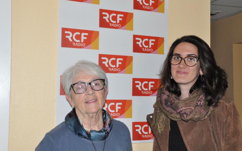 Marie-Jeanne Lavigne vice-présidente du comité et responsable des échanges avec la ville de Bury et Enora Bétaux, chargée de projets relations internationales au comité