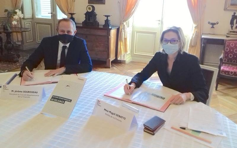 signature_accord_departemental_france_relance